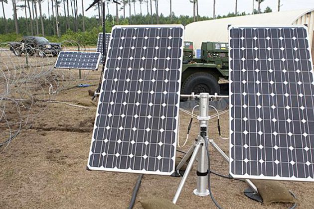 TechNet South 2012: Solar Stik reduces the logistical burden