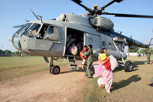 Helicopters aid rescue operation in India