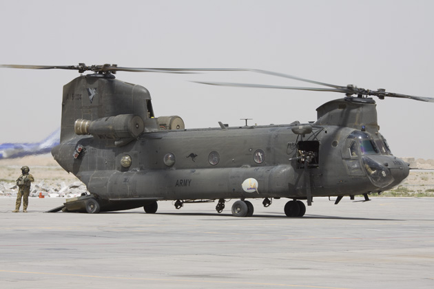 Extra Chinooks arrive in Australia