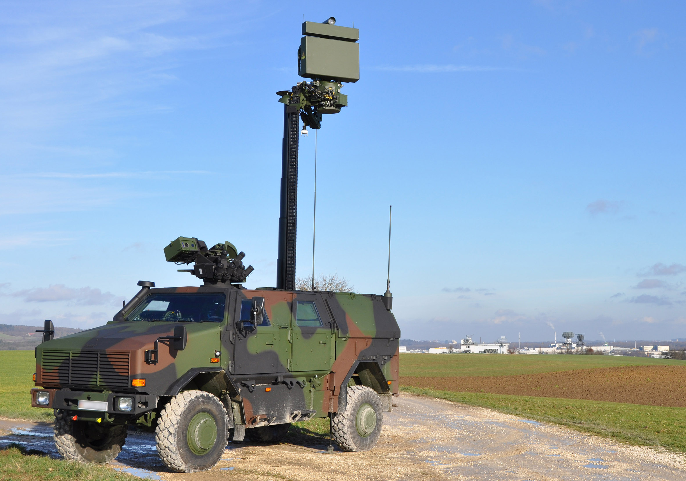 Cassidian unveils new ground surveillance radar