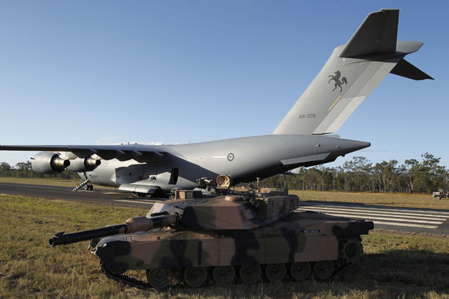 M1A1 Abrams tank takes a ride on RAAF C-17A