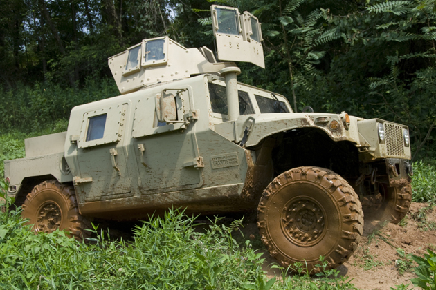 AUSA 2015: Textron lines up HMMWV upgrades
