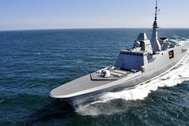 DCNS conducts FREMM Aquitaine helicopter deck landing trials