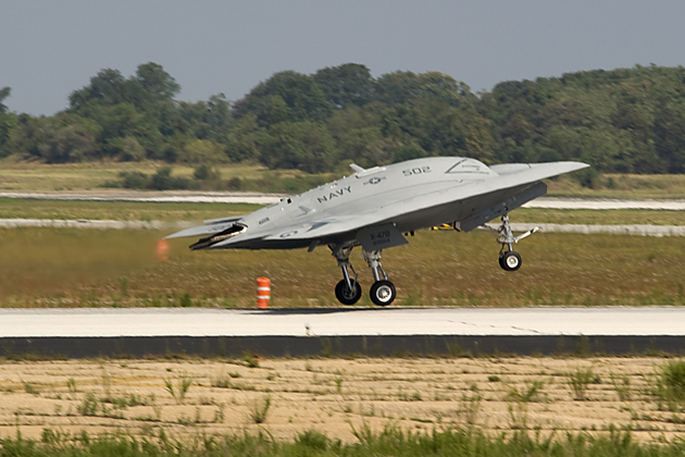 X-47B makes first flight from Pax River