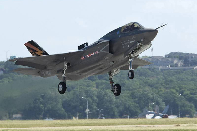UK launches aircraft protection study
