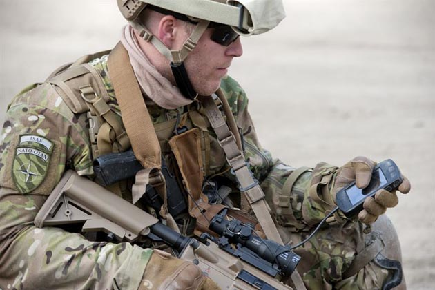 Saab unveils soldier C2 and personal radio integration