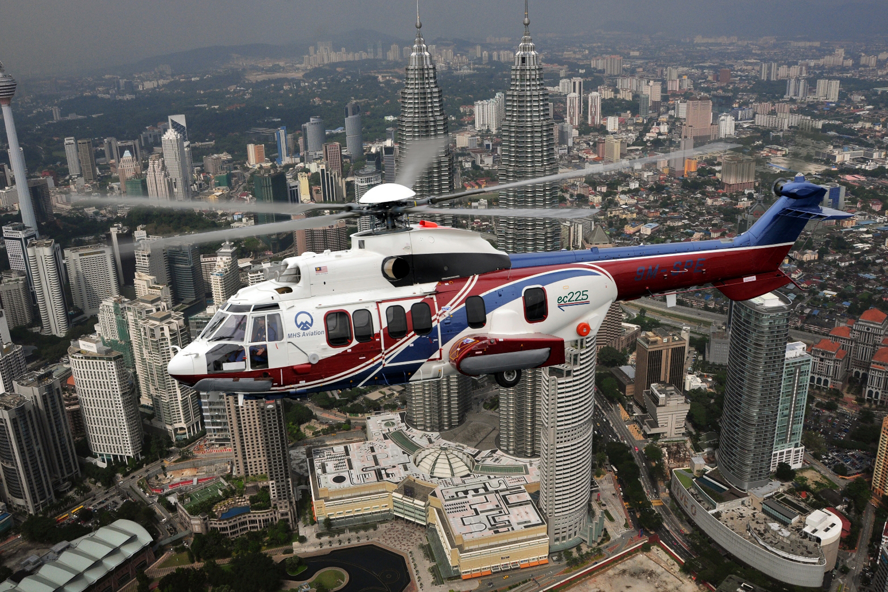 EC225 sales announced at LIMA