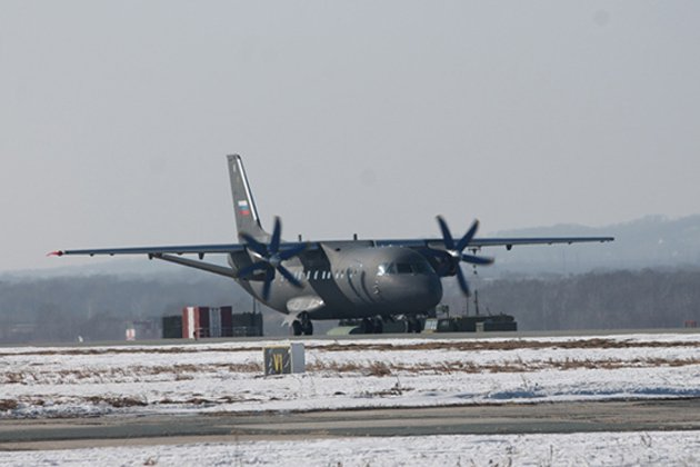 An-140-100 aircraft delivered to Russian Navy