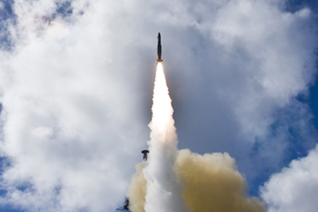 Raytheon wins US Navy SM-2 production award